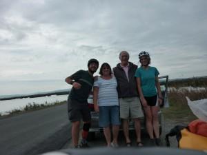 Alan and his wife, deux anglais en perdition au bord de la route
