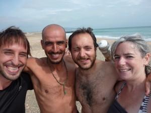 En arrivant à Sète, Yassine, grand cycliste et Fabrice, cycliste en devenir