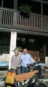 Vera et Renzo, deux franciscains bouddhistes accueillants !
